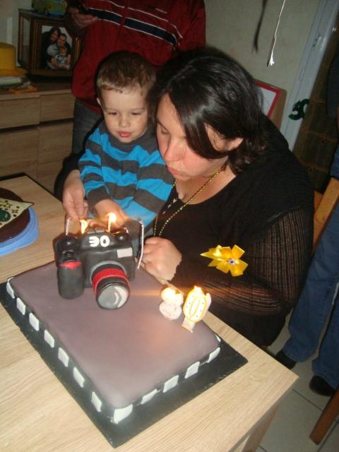 Gâteau appareil photo en pâte à sucre5
