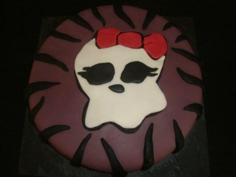 Gâteau Monster High.jpg