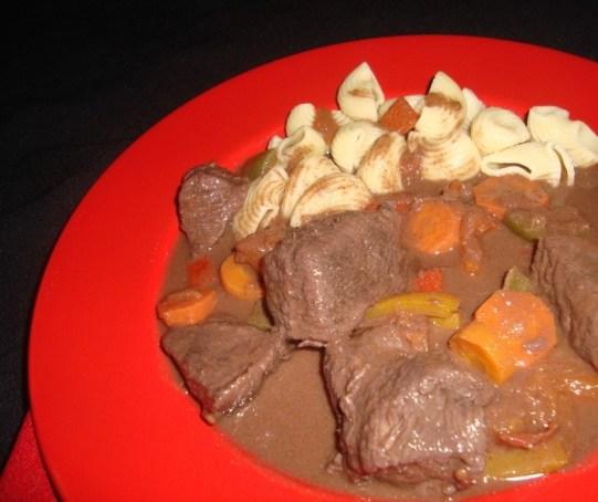 Ragoût à la viande de boeuf aux poivrons et paprika2 (2).jpg
