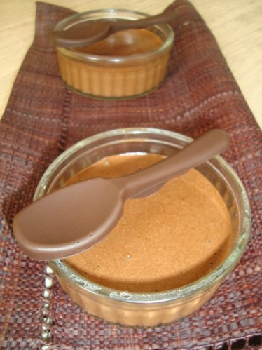 Mousse au chocolat super simple et super rapide.jpg