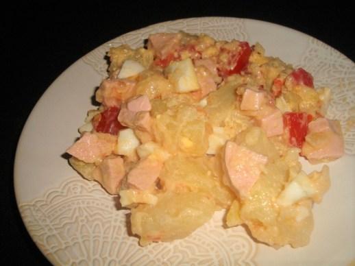 Salade de pomme de terre au cervelas et aux tomates.jpg