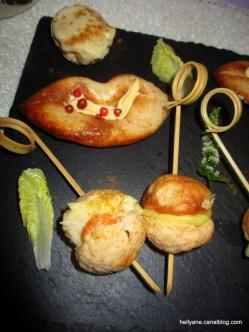 Cake et mini bouchées de surimi mayonnaise paprika