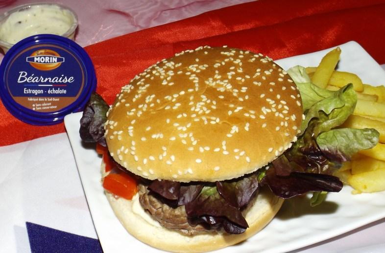 Hamburger au boeuf mozzarella et sauce béarnaise