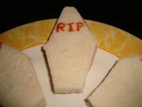 Sandwich cercueil (Halloween)2