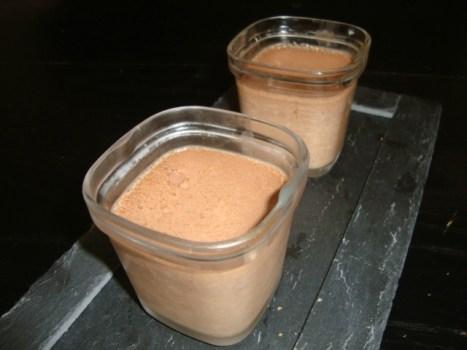 Petits pots de crème au chocolat noir ( Multi délices )