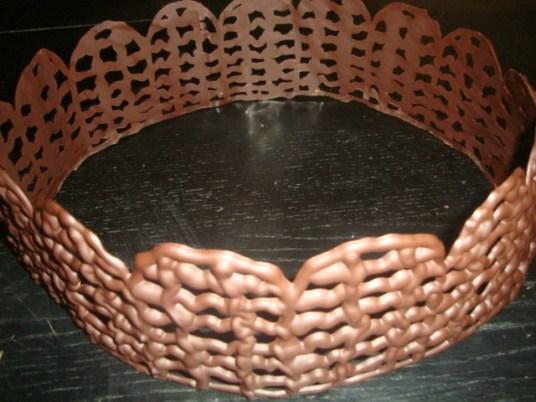 Comment faire un contour en chocolat pour un gâteau