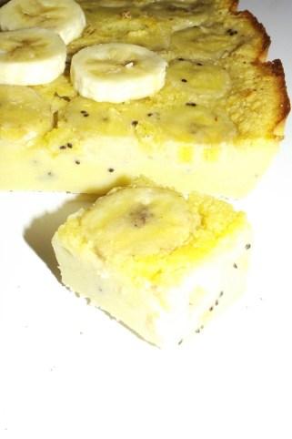 Clafoutis au lait de coco, à la banane et aux kiwis 3