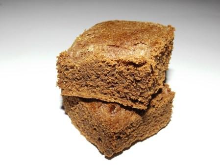 Gâteau au chocolat noir et à la fève Tonka.jpg