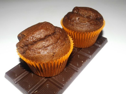 Muffins moelleux au chocolat noir.jpg