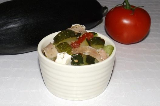 Salade de courgettes, feta et jambon cru