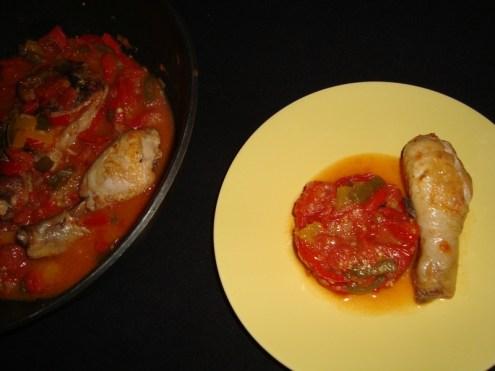 Wok de poulet aux tomates et aux poivrons