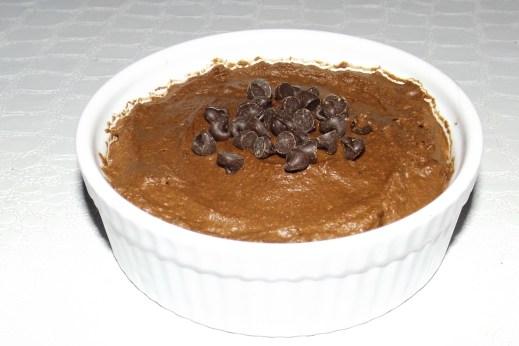 Mousse au chocolat et aux pépites de chocolat noir