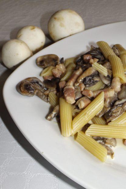 Penne carbonara aux champignons2