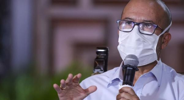 """""""Hemos declarado alerta roja en todos los establecimientos de salud"""", anuncia ministro de Salud"""