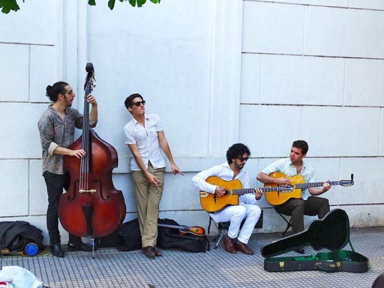 grupos de jazz que toca en la recoleta