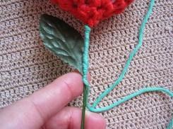 Örgü Tığ İşi Kalpli Çiçek Yapılışı (5)