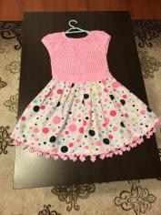 Örgü bebek elbisesi