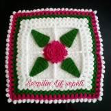 4 Yapraklı Gül Kare Lif Modeli