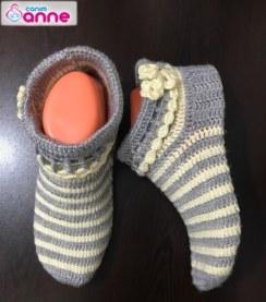 Tığ İşi Kolay Bayan Çorap Yapımı
