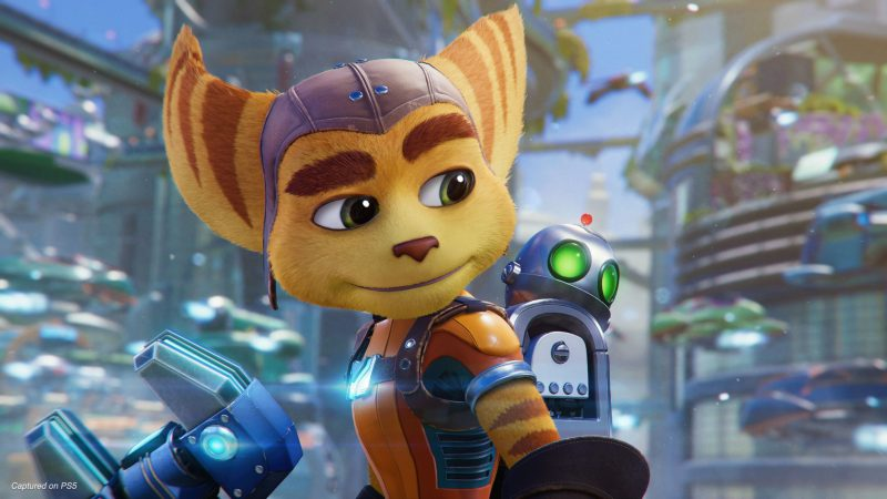 Ratchet and Clank Rift Apart key art - Ratchet looking at Clank
