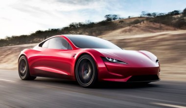 Elon Musk açıkladı: Tasla Roadster modelini uçuracak