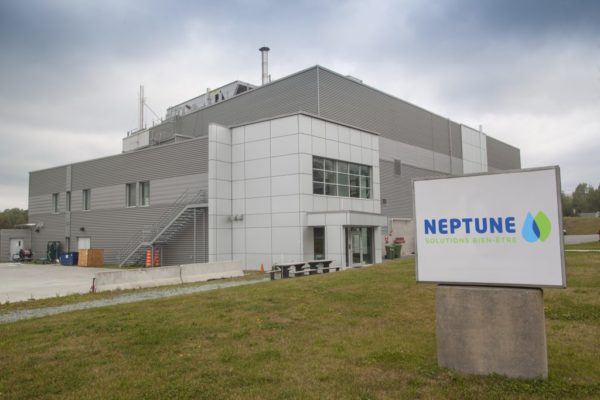 Neptune signs multi-year extraction agreement with Tilray