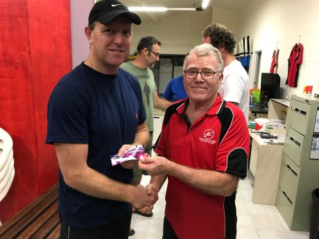 Tues 14th November 2017 : Tonights photo shows club member David Gardiner presenting Simon O'Sullivan with a movie voucher.