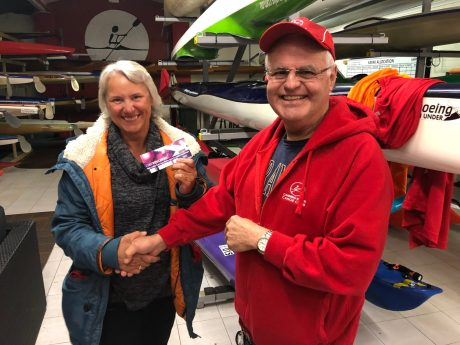 Tues 6th November 2018 : Tonight's photo shows club member Les presenting Eve McNicol with a movie voucher