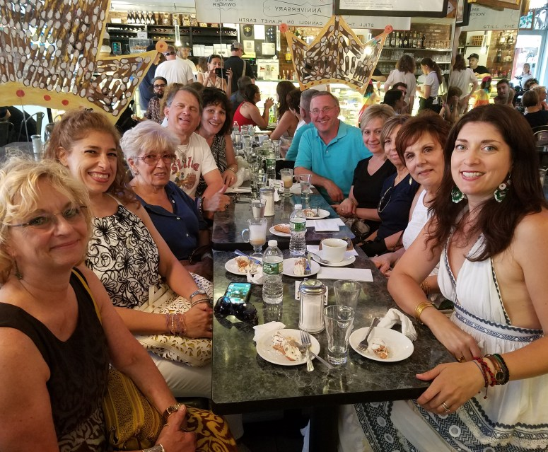 cannoli crawl group photo