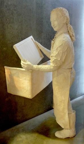 44-papier-mache