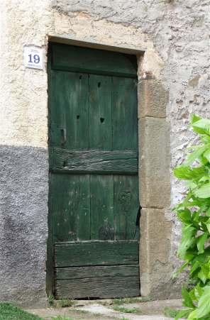 6-green-door