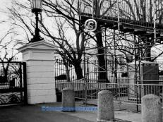 White House and gates