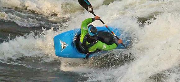 Freestyle Kayak Moves - James 'Pringle' Bebbington demonstrating a move.