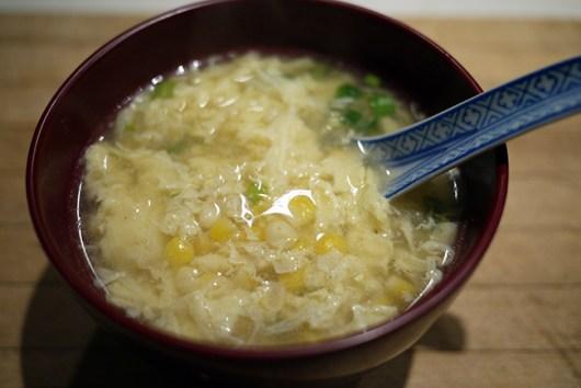 コーンと卵のスープ