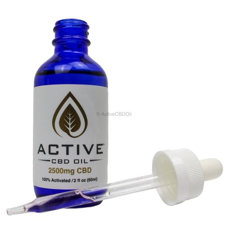 2500-mg-cbd-with-dropper-with-water-mark