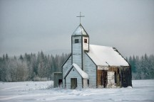 The old Red Bluff church: Winter