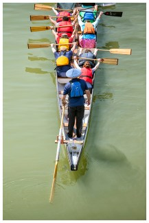 Dragon boaters 1