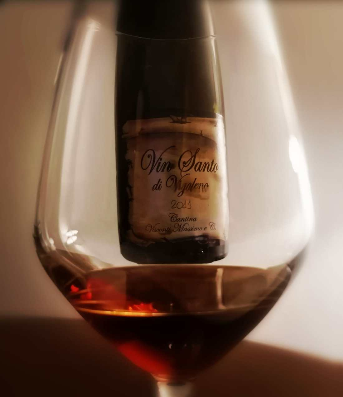 Vin Santo di Vigoleno Visconti attraverso il calice