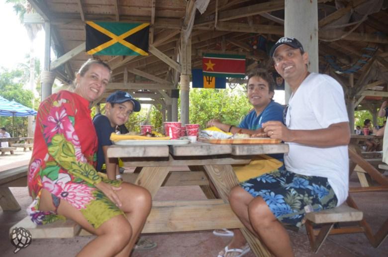 Castaway-Cay-almoço