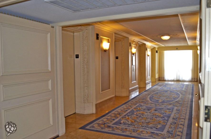 Paris Hotel hall de elevadores
