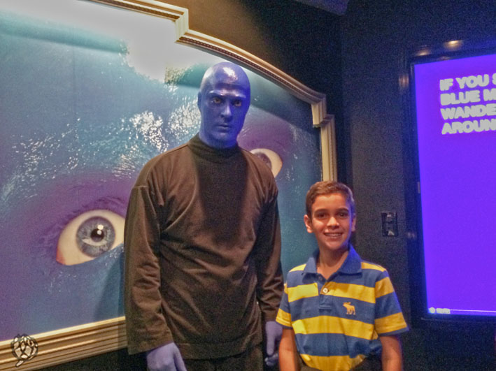Blue Man Las Vegas Arthur com homem