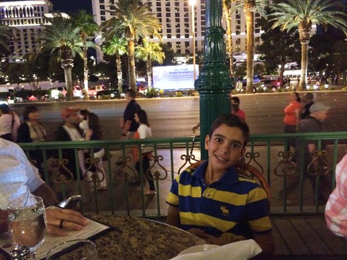 Jantar-Las-Vegas-Mon-Ami-Arthur