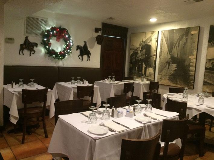 Onde-jantar-em-Washington-El-Chalan-interior