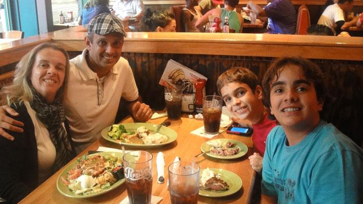 restaurantes-famosos-para-jantar-em-New-York-AppleBees