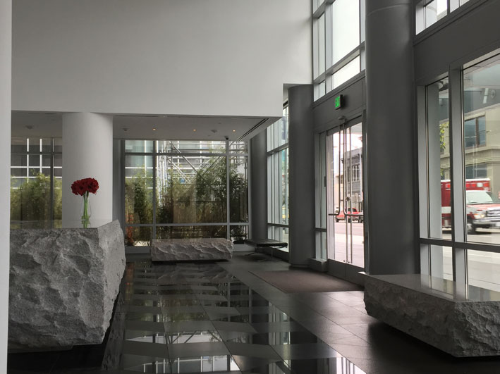 Onde-se-hospedar-em-San-Francisco-pagando-menos-lobby