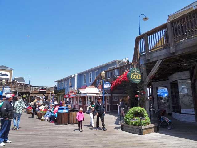San-Francisco-fishermans-wharf-Pier-39-mall
