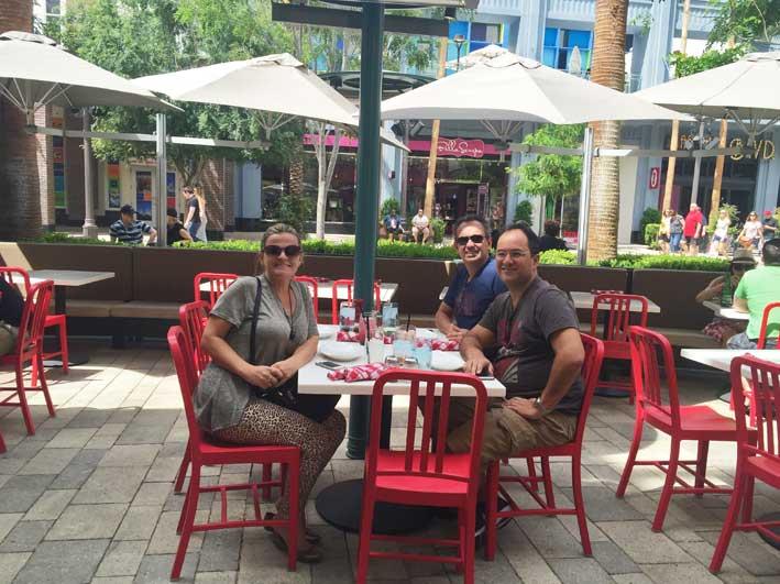 Onde-almocar-em-Las-Vegas-Flour-nossa-mesa