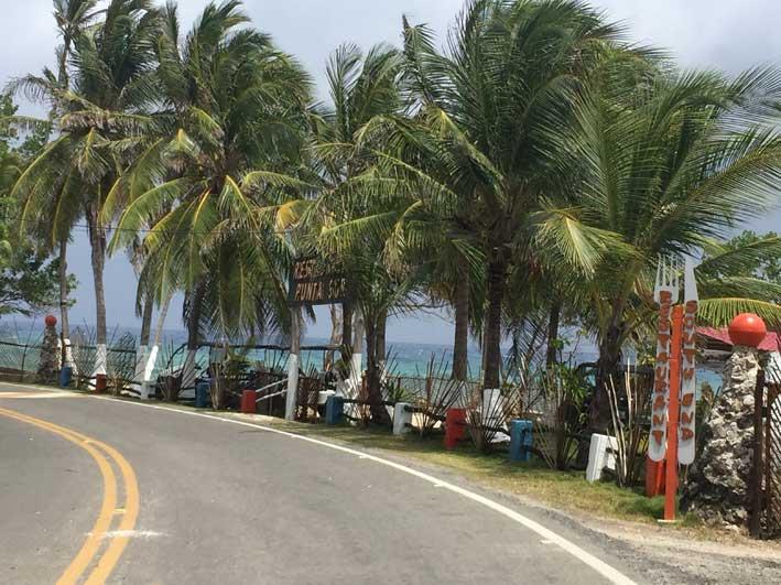 Estrada ao redor da ilha