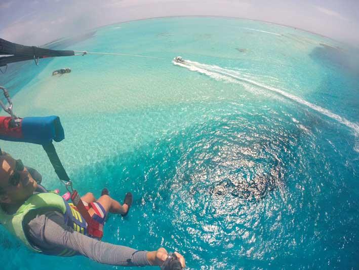 Tudo-sobre-o-voo-de-parasail-em-San-Andres-15