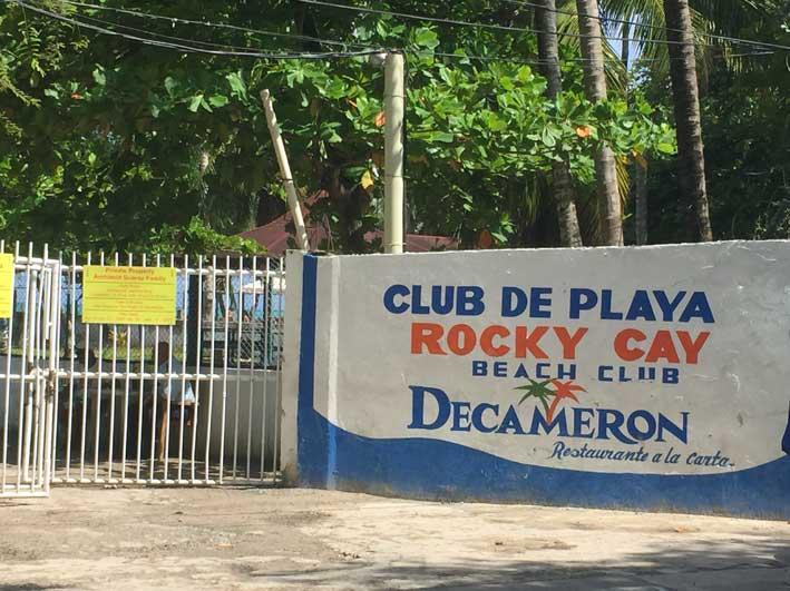 o-que-fazer-em-San-Andres-sem-sair-da-ilha-club-rocky-cay-muro2